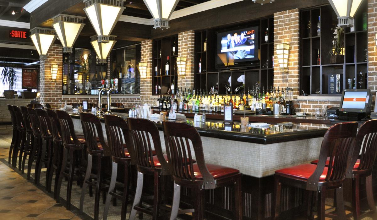 Baton-Rouge-Steakhouse-Bar-vaudreuil-2