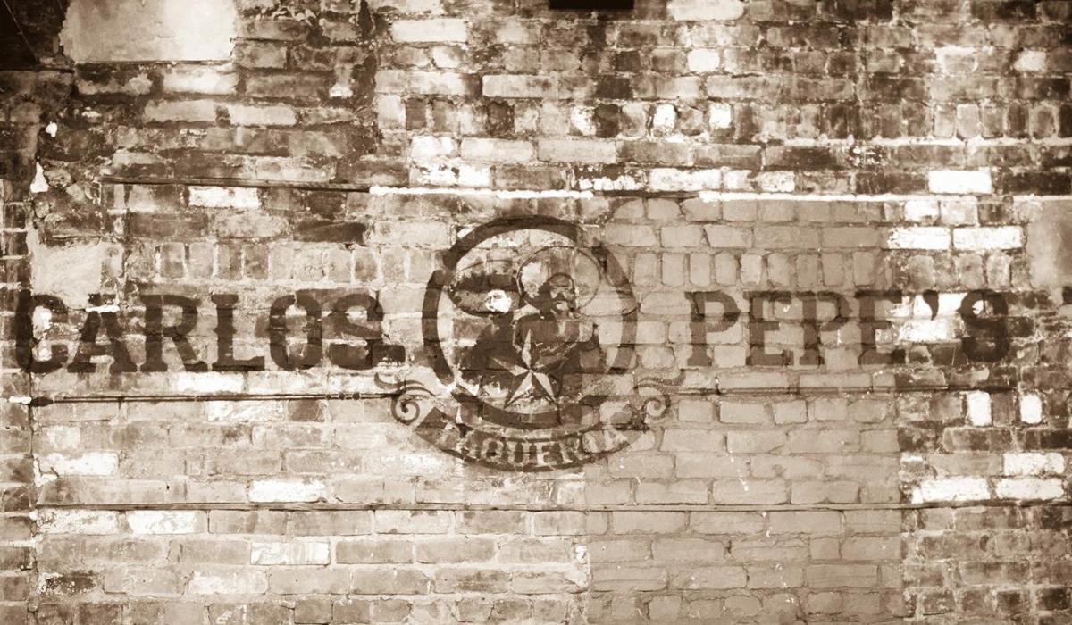 carlos-pepes-downtown-3